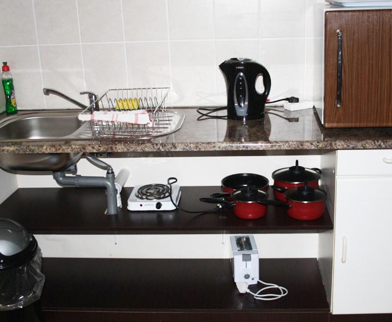 bedsitter kitchen Utrecht bed and breakfast